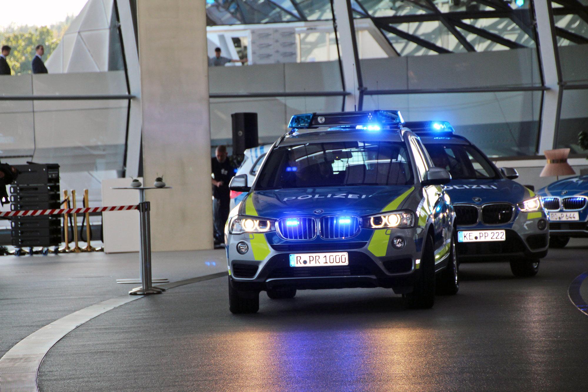 Bayerische Polizei fährt ab jetzt blau
