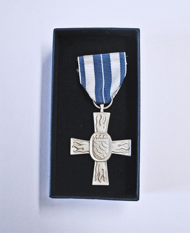 Ehrung: Feuerwehr-Ehrenzeichen am Band in Silber